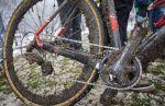 Cyclocross hóban, sárban, napsütésben